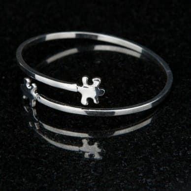 Sliver Loop Bracelet